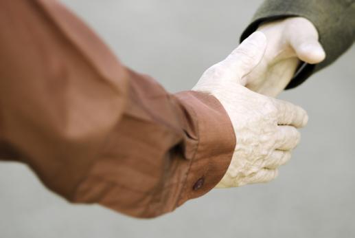 Tylko człowiek, który klęka do modlitwy jest skłonny do zgody! - foto