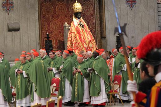 Znak powszechności Kościoła - foto
