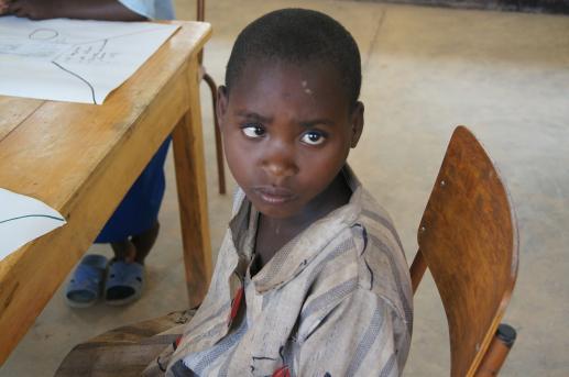 Rwanda - nie ma przyszłości bez edukacji - foto