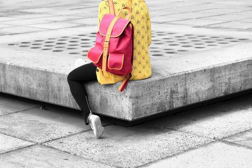 Ciężki plecak - foto