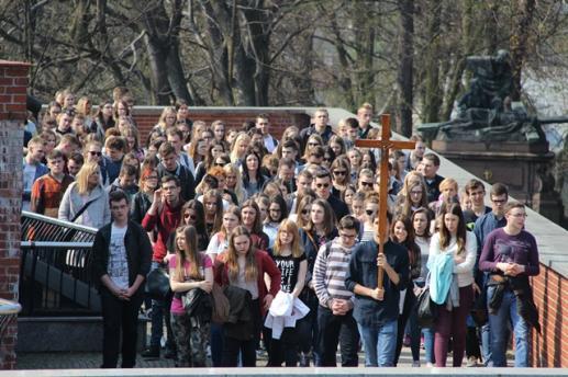 Słowo biskupów po Konferencji Episkopatu Polski na temat młodzieży - foto