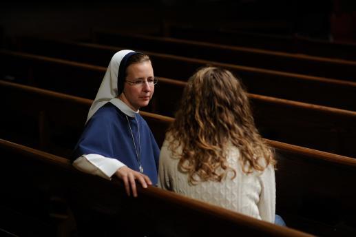 (Prawie) darmowa praca sióstr zakonnych - foto