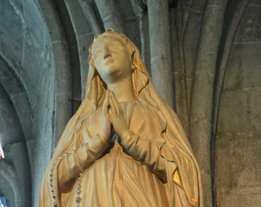 Święty z popiołów - foto