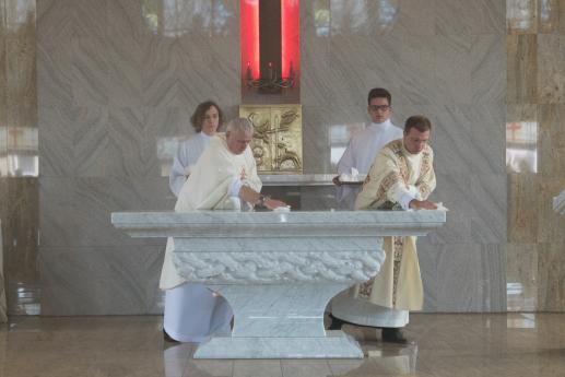 Poświęcenie, błogosławieństwo czy konsekracja? - foto