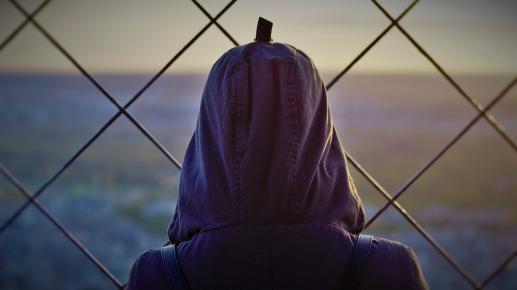 Migranci i uchodźcy: mężczyźni i kobiety w poszukiwaniu pokoju - foto