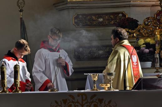 Rok liturgiczny i święta nakazane - foto