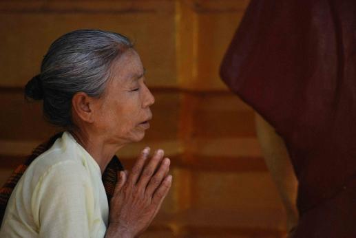 Matka Boża w sari - foto