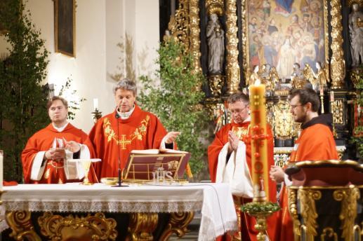 50 lat po uchwaleniu Konstytucji o liturgii Sacrosanctum concilium na Soborze Watykańskim II - foto