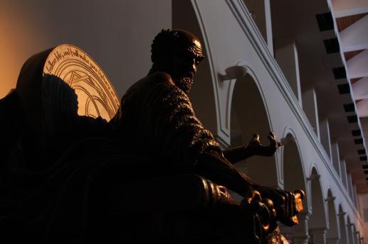 Piotr odprawia pierwszą Mszę Świętą w Wieczerniku - foto