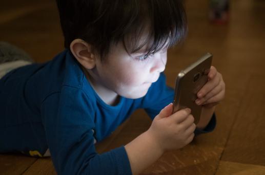 Mass media a rozwój psychosomatyczny dzieci - foto