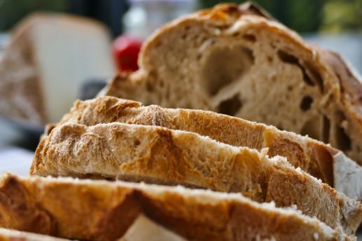 Łamany chleb i siła symbolu - foto