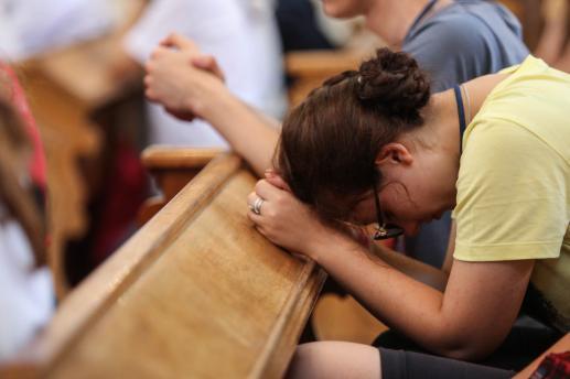 Z czym nie pomylić modlitwy? - foto