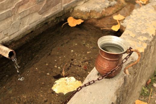 Kopać studnie czy dialogować? - foto