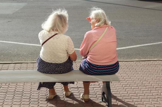 Starsi są skarbem Kościoła - foto