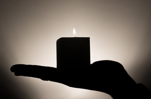 Światełko w ciemności - foto