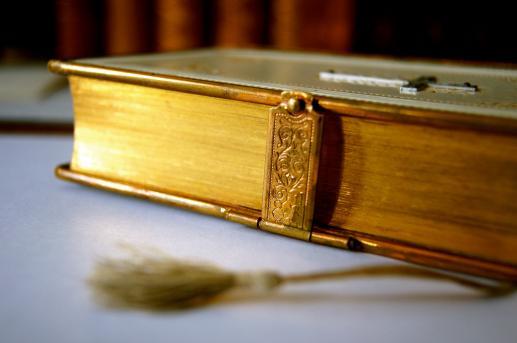 Czy wiarygodność Biblii jest uzasadniana koliście? - foto