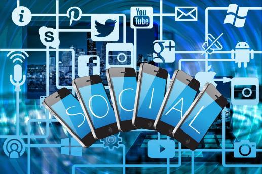 Od wirtualnych wspólnot społecznościowych do wspólnot ludzkich - foto